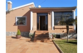RS372, Detached villa with garage on enormous plot, Torrevieja