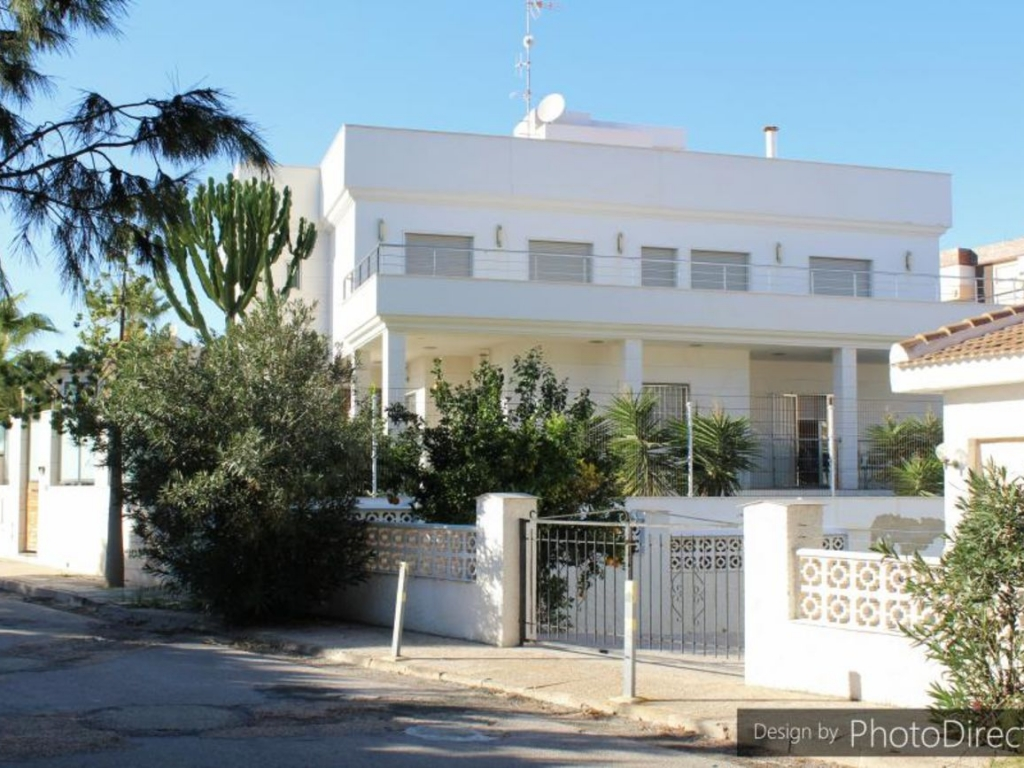 5 Bedroom 5 Bathroom Villa in La Zenia