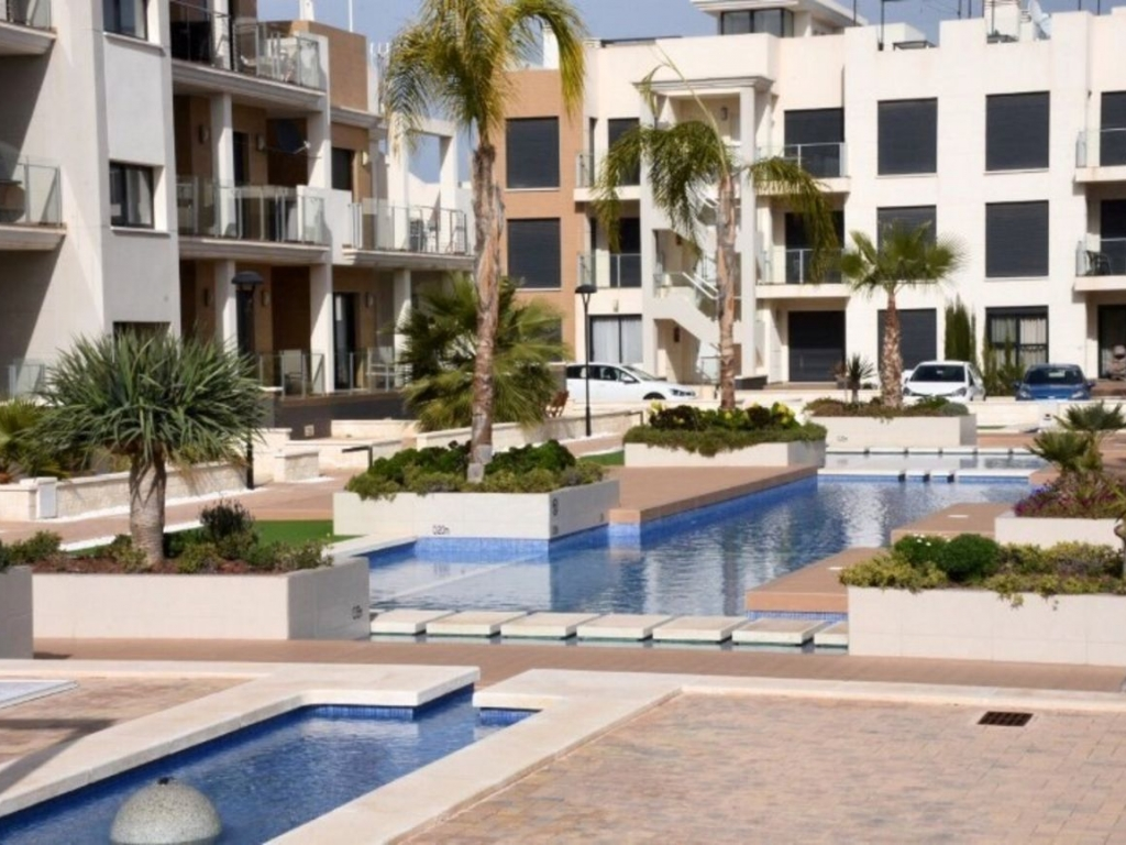 2 Bedroom 2 Bathroom Apartment in La Zenia