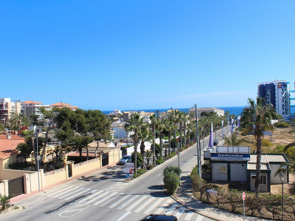 2 Bedroom 2 Bathroom Apartment in Punta Prima