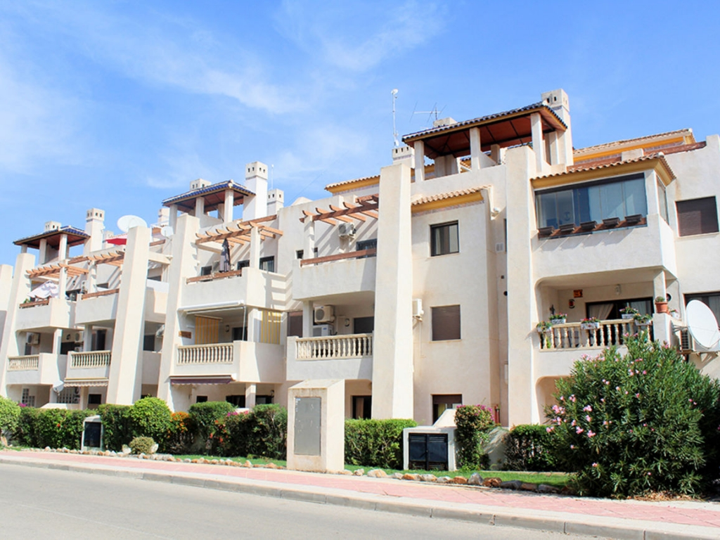 3 Bedroom 2 Bathroom Apartment in Las Ramblas Golf