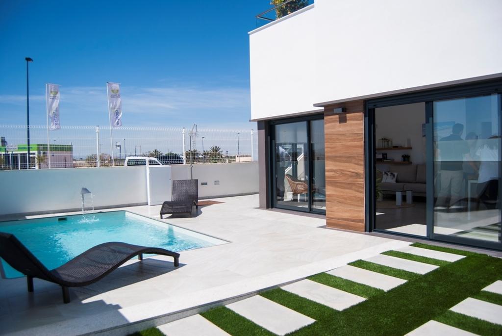 Three bedroom villas near Golf Resort