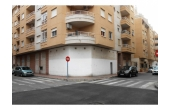 DR1, Cheapest commercial unit in Torrevieja! Corner unit 62m2