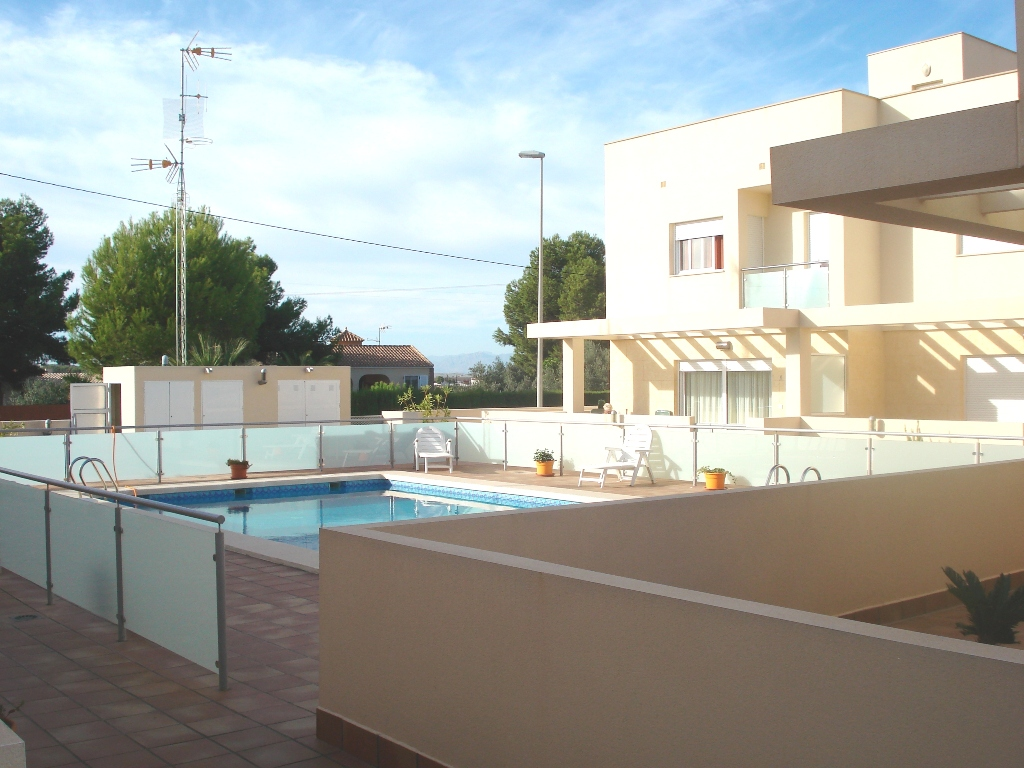 Stylish and spacious townhouse, Los Montesinos