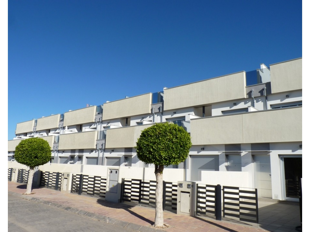 Townhouses in Pilar de la Horadada