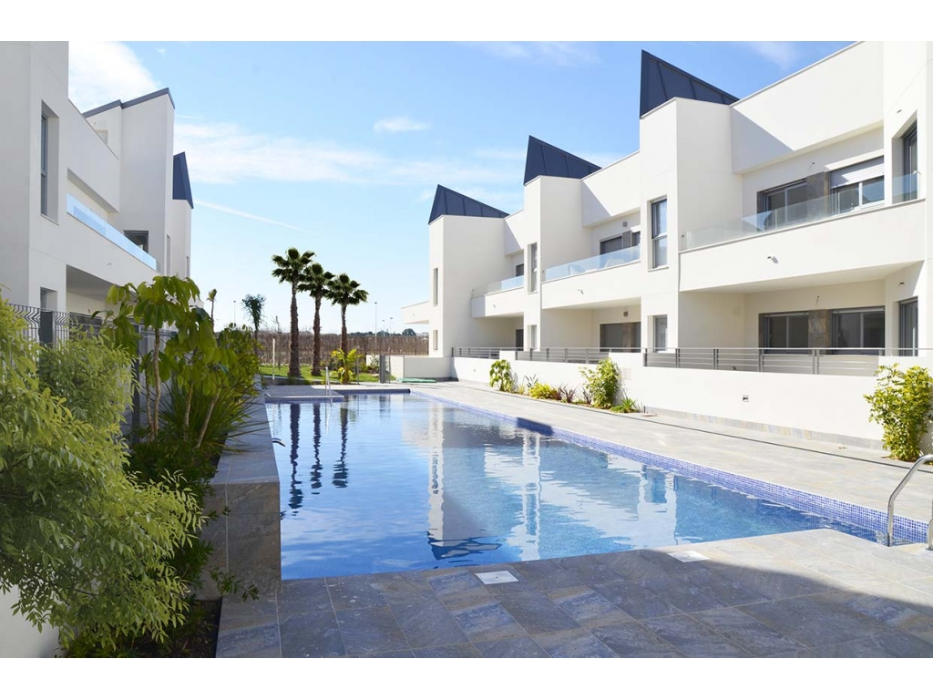 New apartments and townhouses in Torrevieja