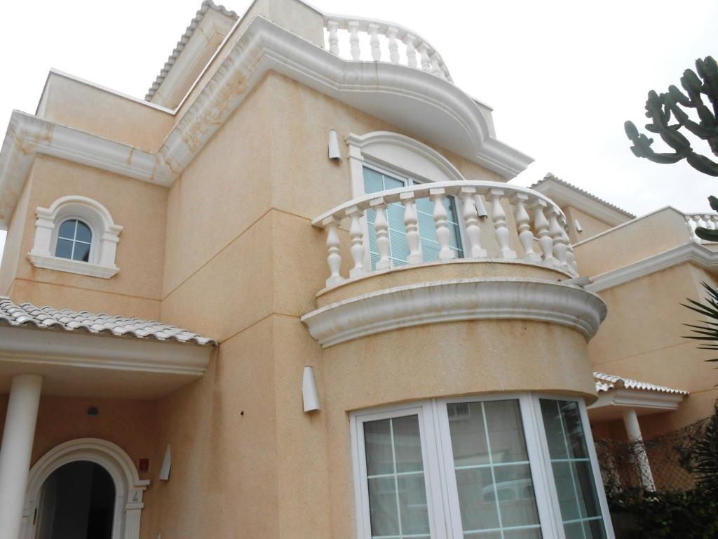 Lovely Detached Villa Aguas Nuevas Torrevieja