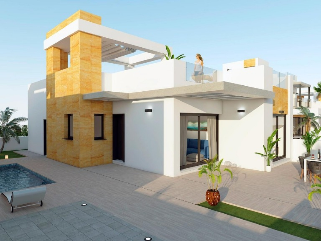 3 Bedroom 2 Bathroom Villa in Torrevieja