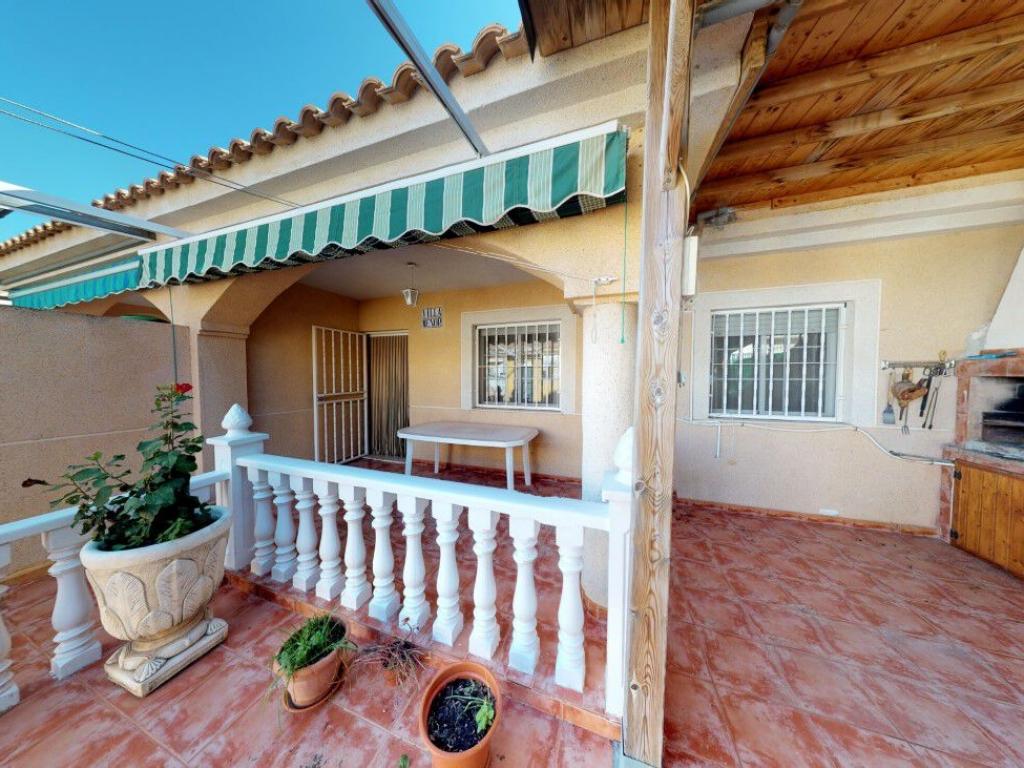 5 Bedroom 3 Bathroom Townhouse in San Pedro Del Pinatar