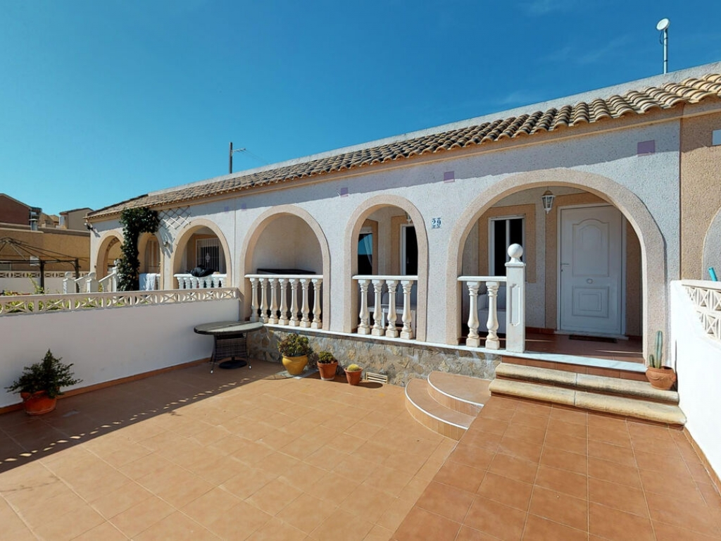2 Bedroom 1 Bathroom Bungalow in Avileses