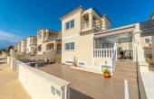 2-980/603, 5 Bedroom 3 Bathroom Villa in Cabo Roig