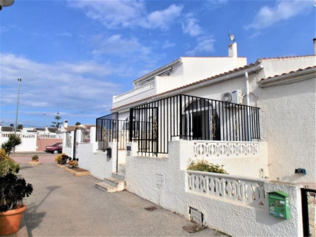 2 Bedroom 1 Bathroom Bungalow in Torrevieja