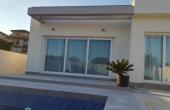 2-774/696, 3 Bedroom 2 Bathroom Villa in Los Montesinos