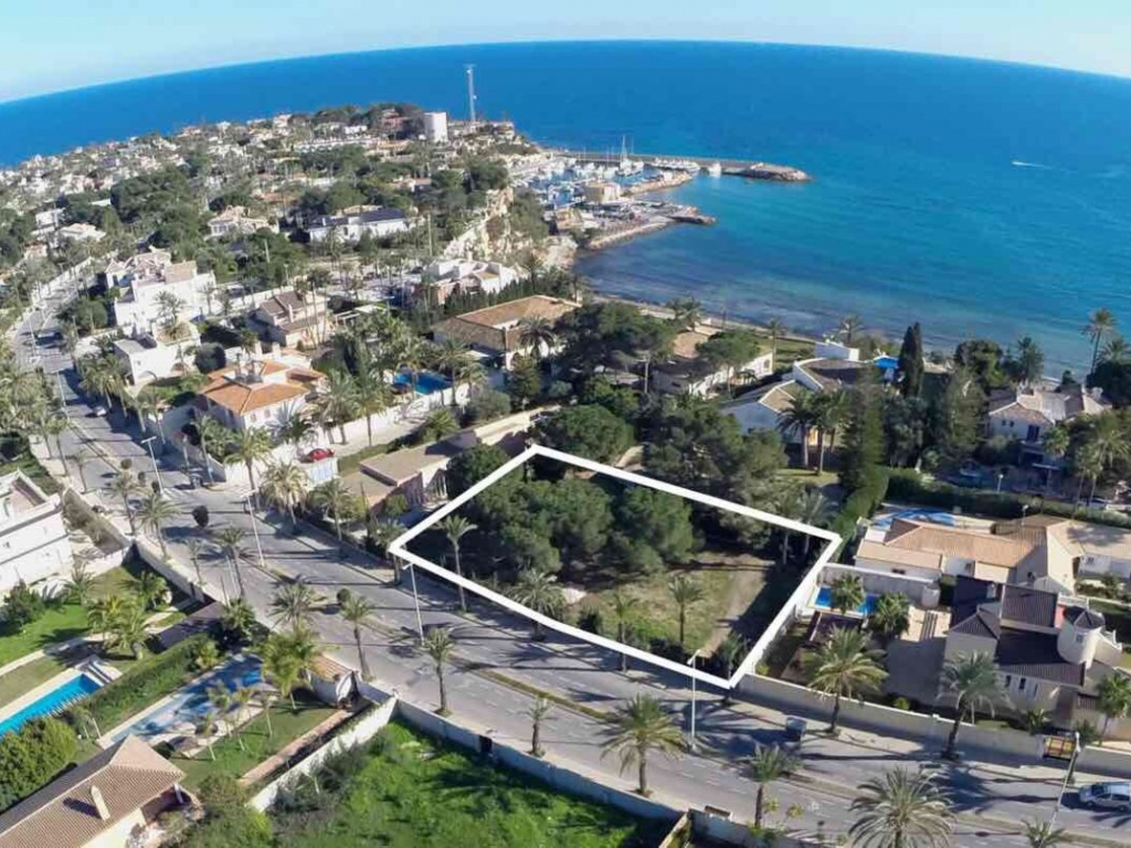 Land in Cabo Roig
