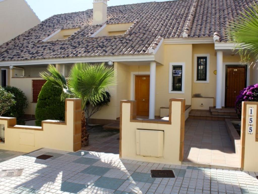 3 Bedroom 2 Bathroom Townhouse in Campoamor
